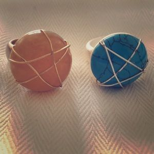 Jewelry - 2 wrapped gem fashion rings